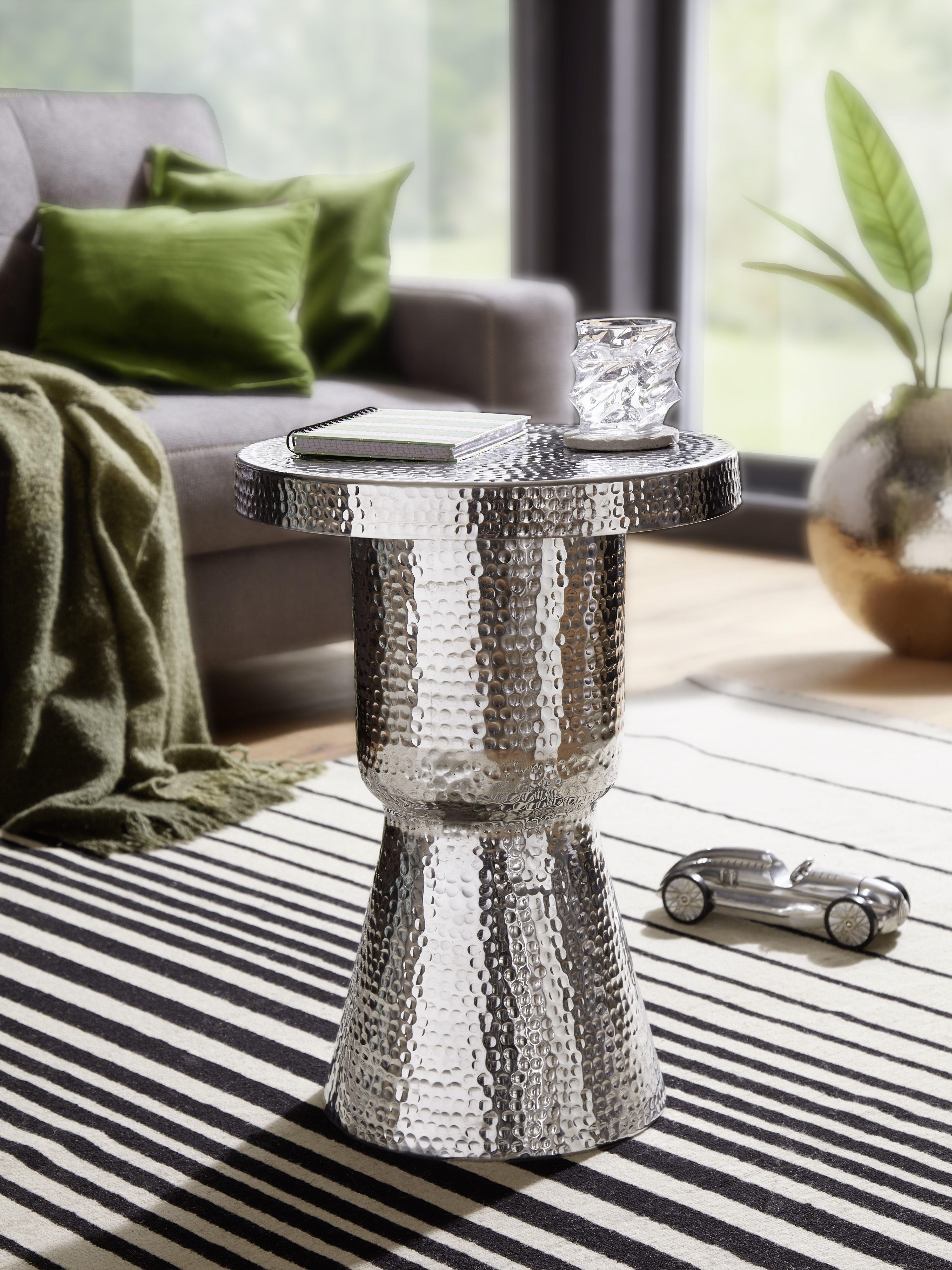Wohnling Beistelltisch Delyla Silber Wl5 478 Aus Aluminium Silber Metall Wohnidee Dekoration Ablage Wohnen Vasenform Mit Bildern Beistelltisch Aluminium Silber
