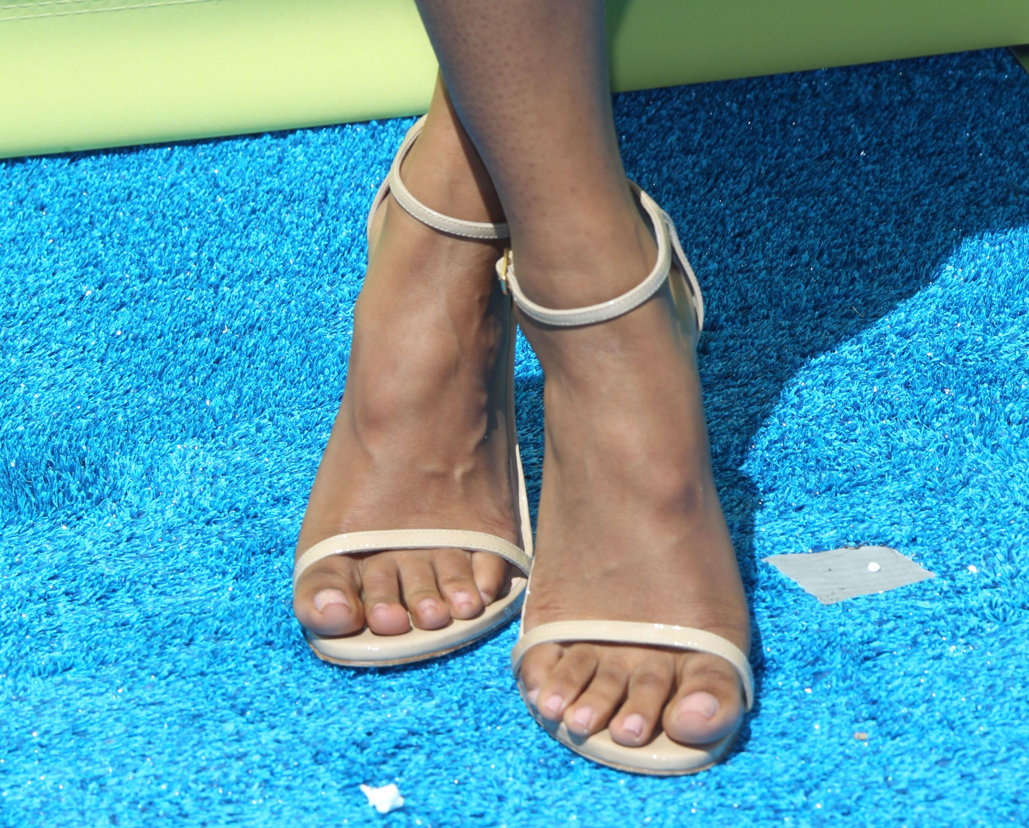 Candice Pattons Feet