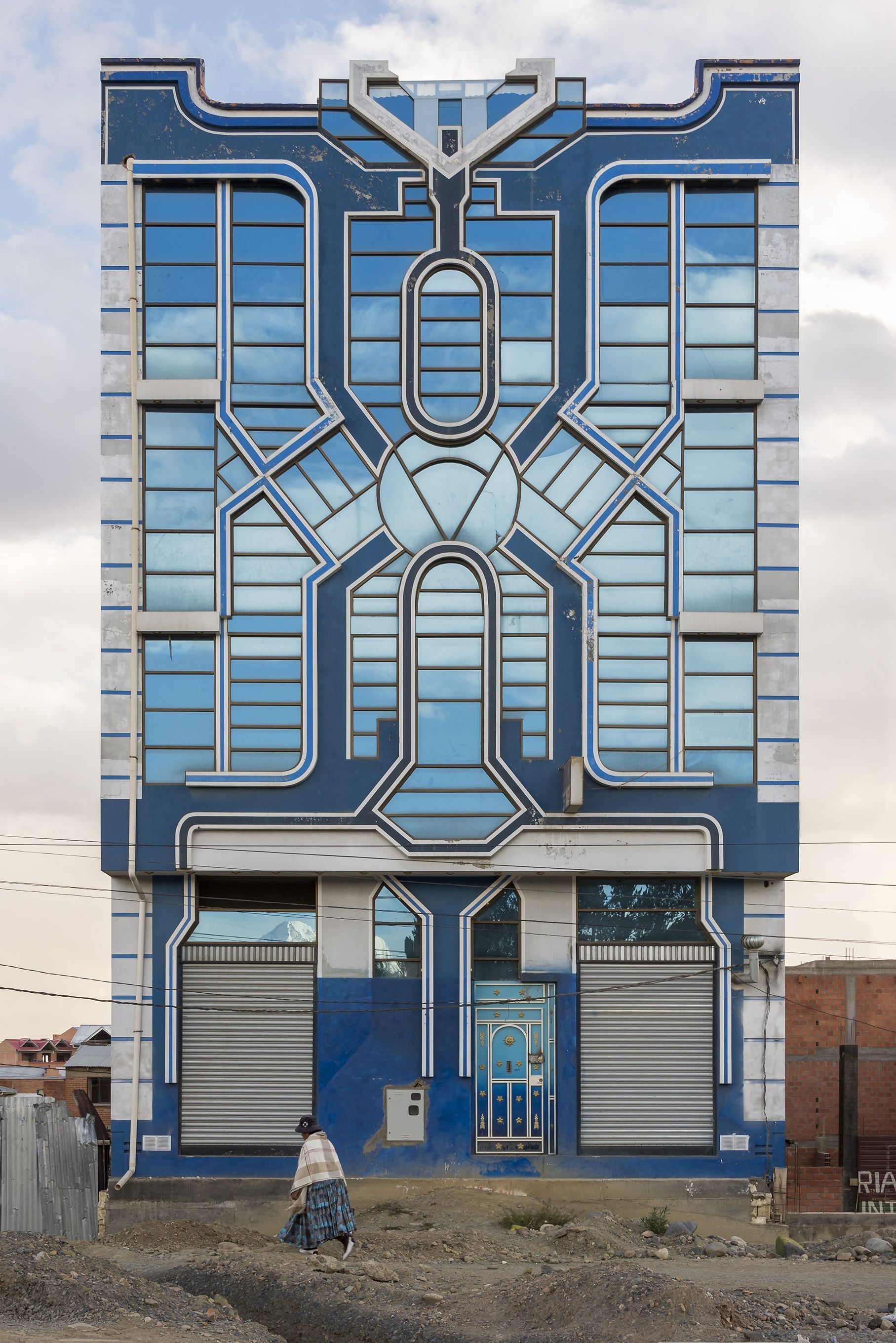 24aec2ab3 Architecture photography of the Cholets, in El Alto, Bolivia. The  authorship of this nuevo andino style can be entrusted to the self-taught  architect Freddy ...