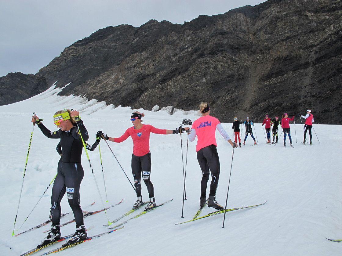 Glacier Helps U.S. Ski Team Drift Ahead Of Competition