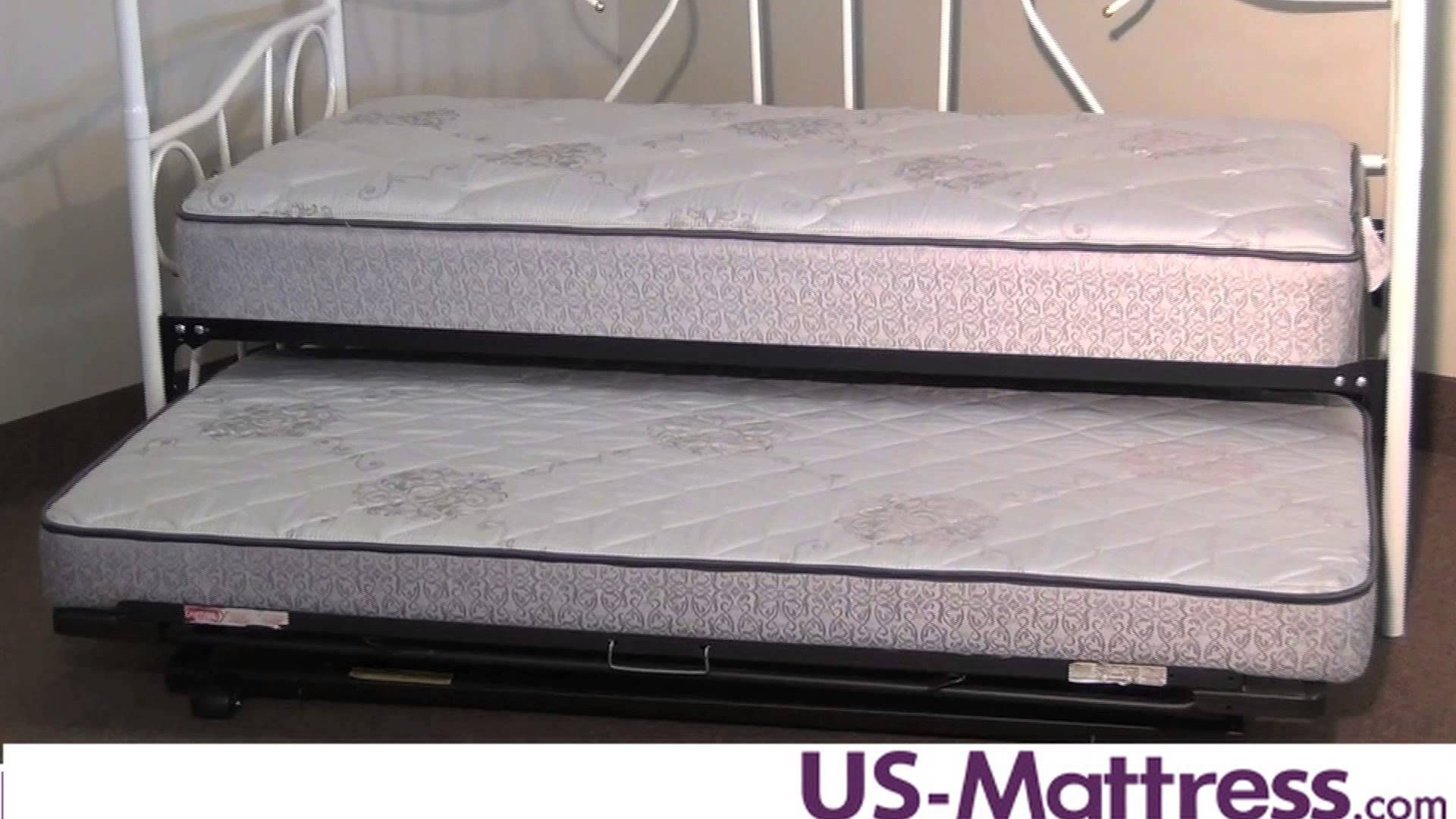 What size mattress will fit on a Daybed or Trundle Bed