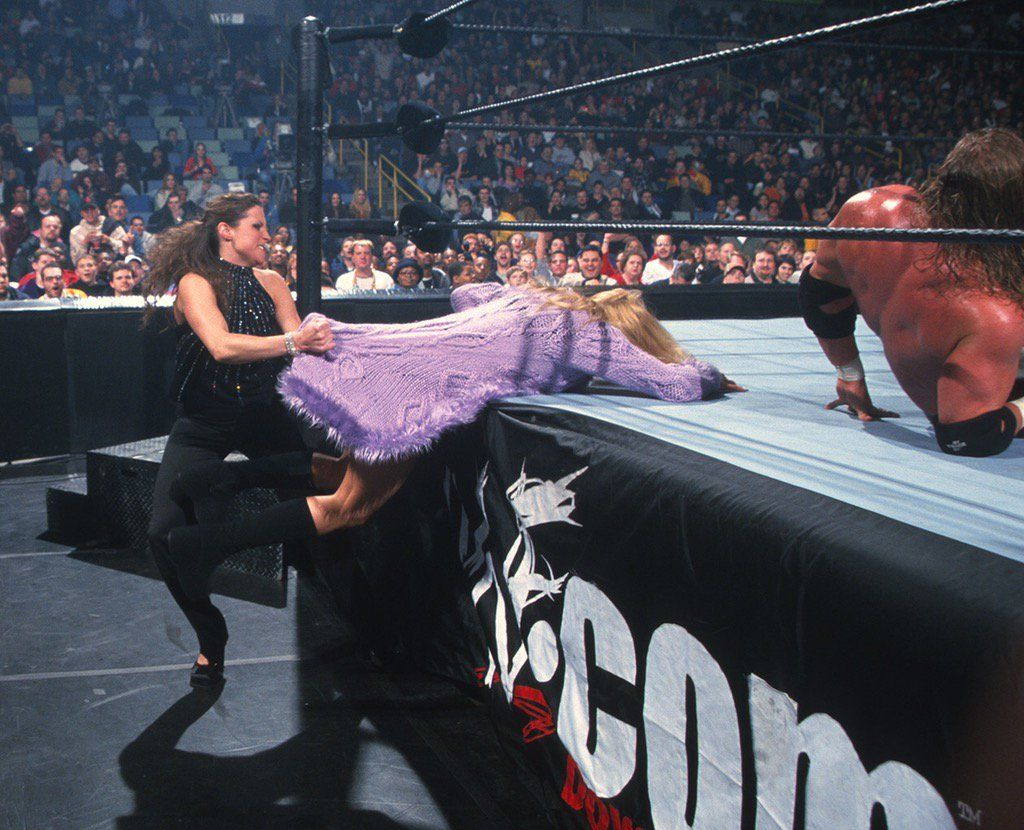 Stephanie McMahon-Helmsley attacks Trish Stratus - WWF/WWE ...