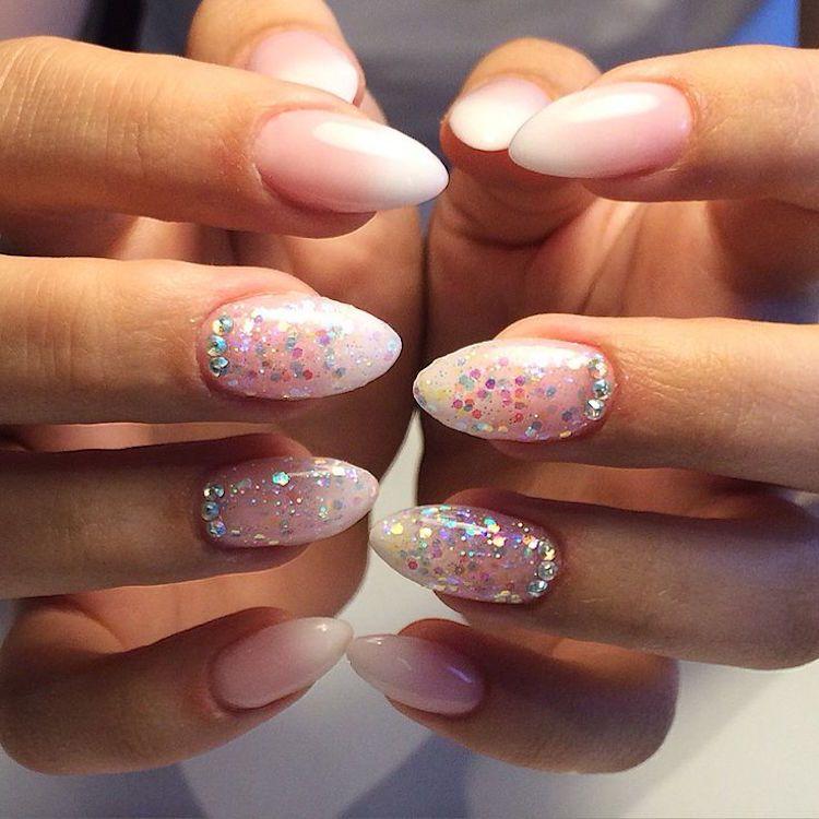 100 id es de d co ongle gel une pl thore de couleurs motifs et finitions ongle gel - Deco strass ongle ...