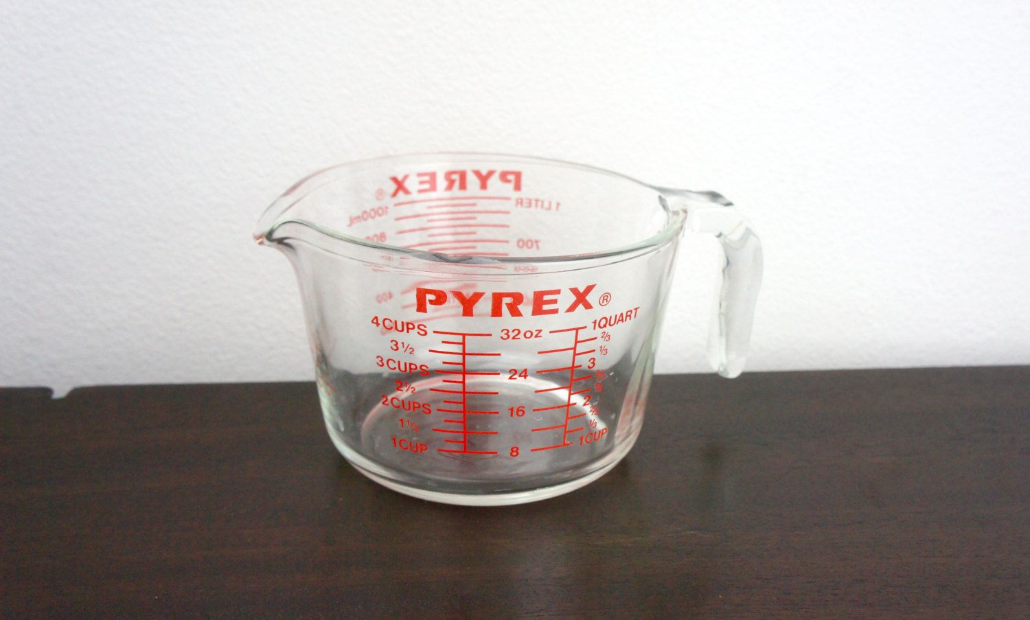 Vintage Glass Pyrex 532 Measuring Cup 4 Cup 1 Quart 1