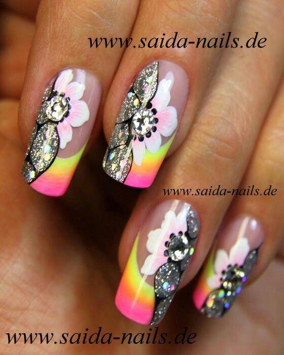 Saida #glitter #Nails