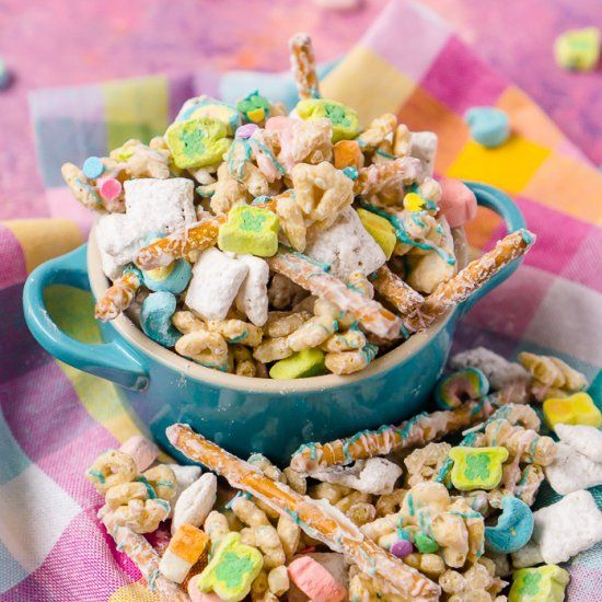 Lucky Charms Puppy Chow Is An Easy St Patrick's Day