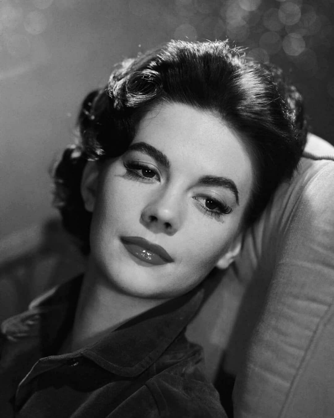 Pin Od Marta W Na Cinéma Natalie Wood Old Hollywood