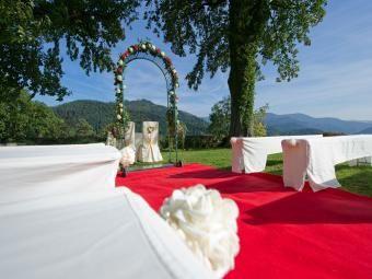Hotel Im Schwarzwald Schloss Eberstein Trauungen Heiraten Im Schloss Hochzeitslocation Karlsruhe Hochzeit Location