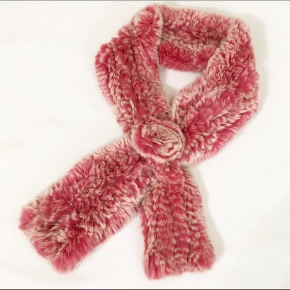 """Rabbit fur scarf In great condition! length 38"""" Metrocity Accessories Scarves & Wraps"""