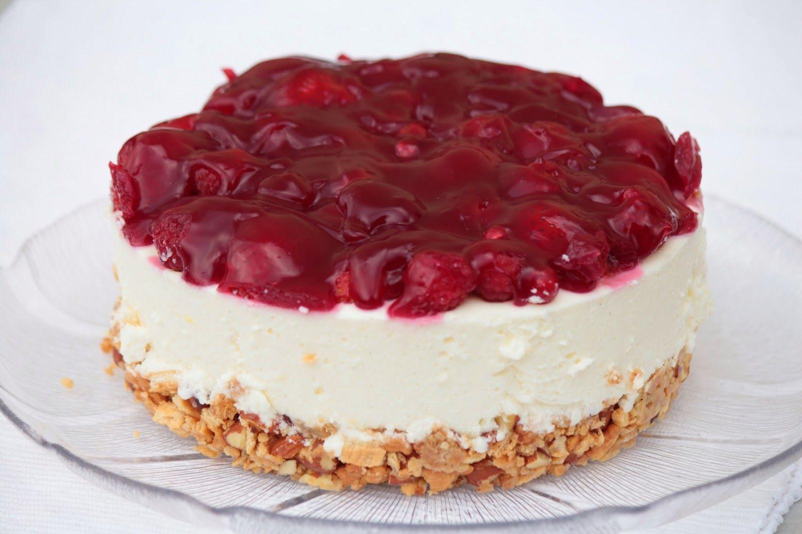 Kleine Kuchen  BeerenQuarkTorte ohne Backen  lecker  Torte ohne backen Butterkeks kuchen