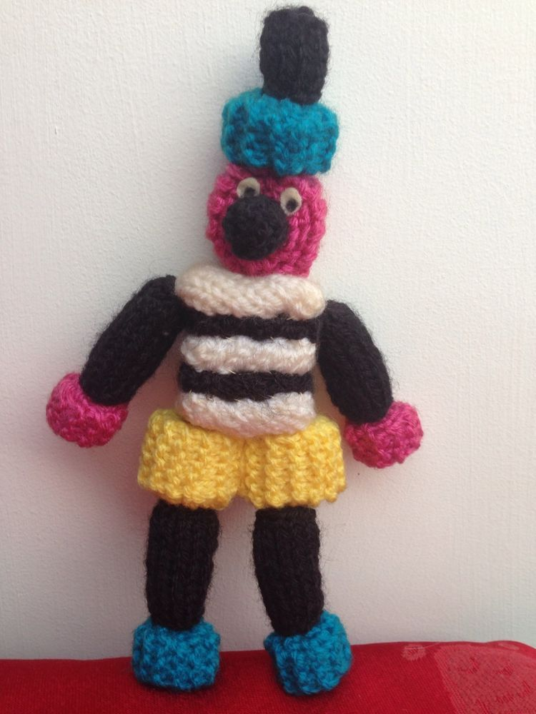Bertie bassett toy knitting pattern liquorice allsorts easter bertie basset toy knitting pattern easter mothers day birthday present gift ebay negle Gallery