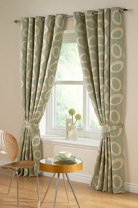 Curtain design photos living room with good tips for Telas cortinas salon diseno