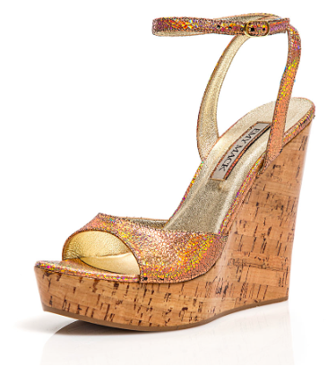 5bb657005b7 Made in Italy. Shop at the Hamptons Collective this summer!  www.HamptonsCollective.com  SummerShoes  HamptonsStyle  Sunkissed  metallic