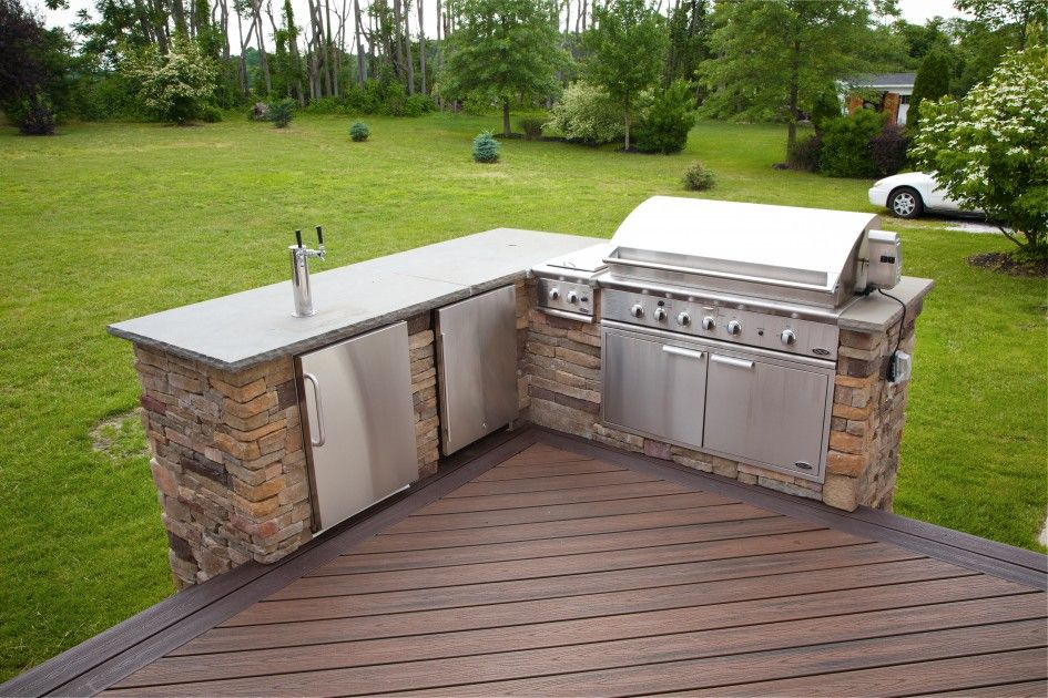 Terrific deck plans with outdoor kitchen with stainless for Deck kitchen ideas