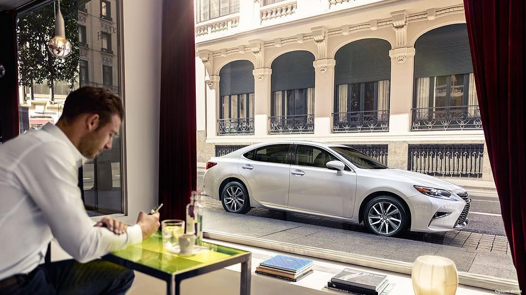 The LexusES 300h and a room with a view. HappyTuesday