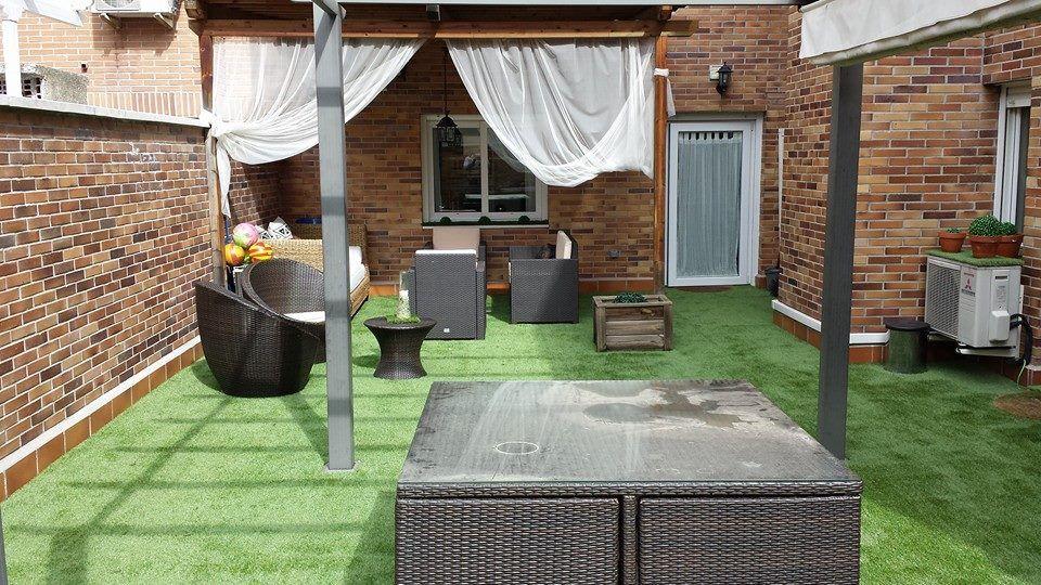 C sped artificial en terraza de un piso en majadahonda - Cesped artificial terrazas ...