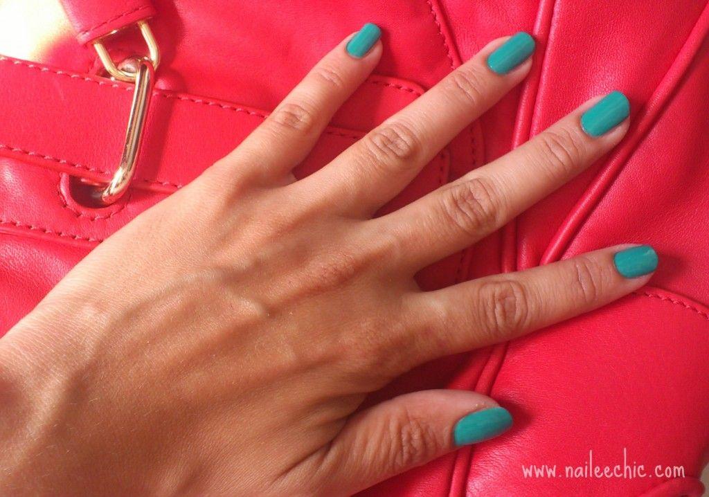 Esmalte de uñas verde esmeralda 733 de Isadora, a prueba | my ...