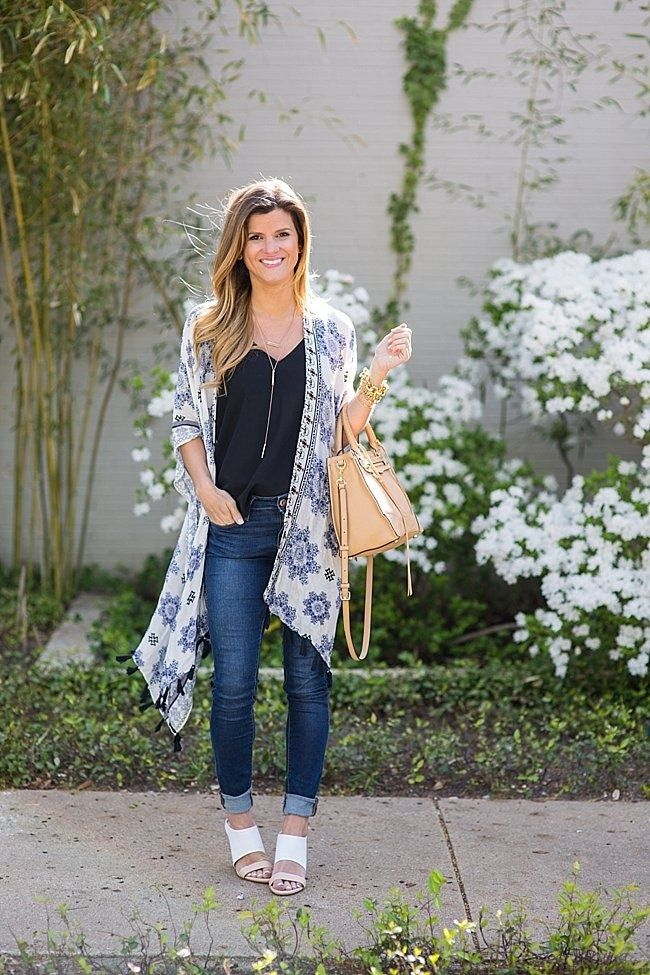 How To Wear A Kimono Cardigan With Jeans Cardigan Outfit Summer Kimono Cardigan Summer Cardigan
