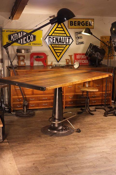 table a dessin nike su doise ancienne plus d 39 info sur deco home. Black Bedroom Furniture Sets. Home Design Ideas