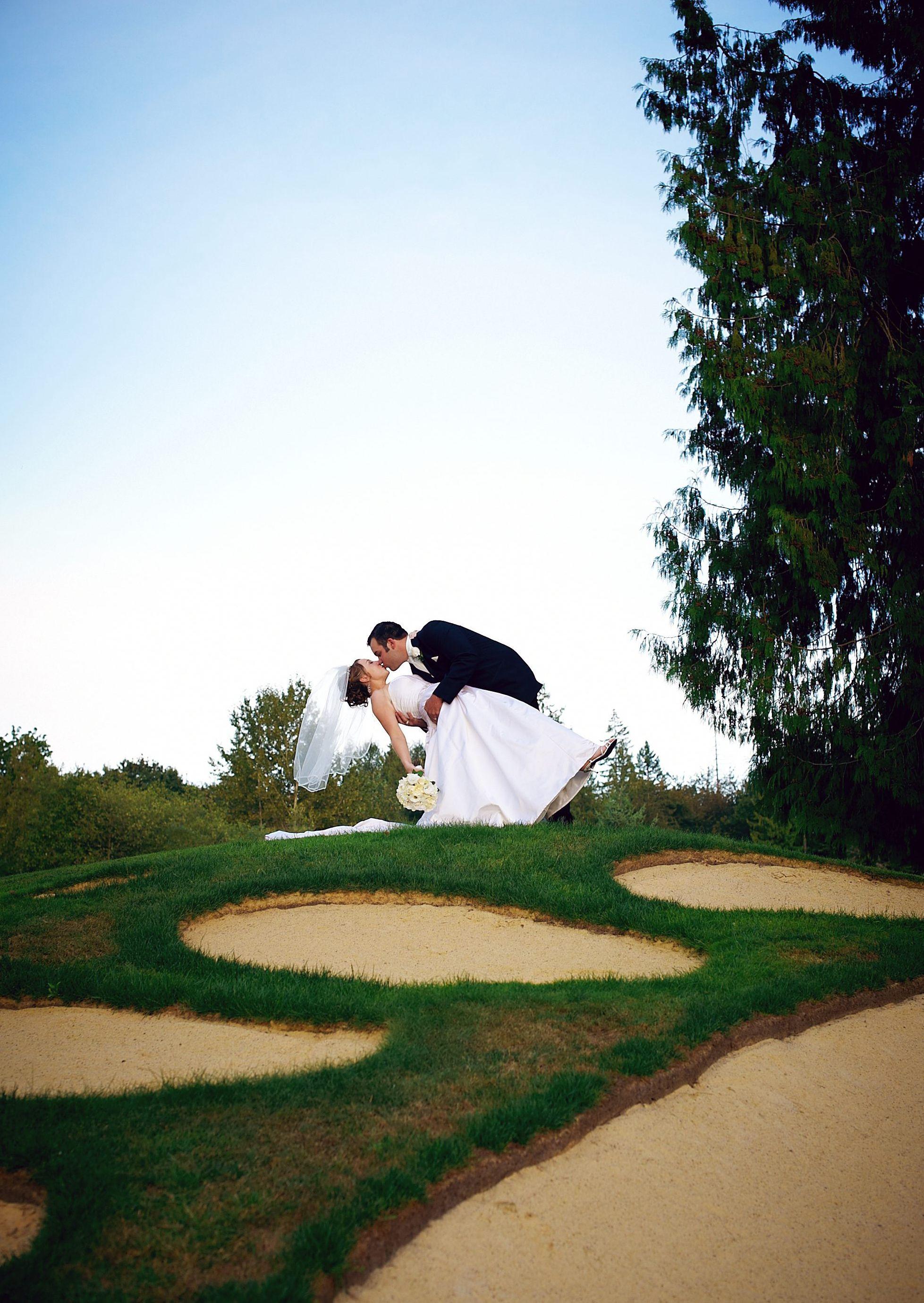 Woodinville wedding venues bear creek country club weddings