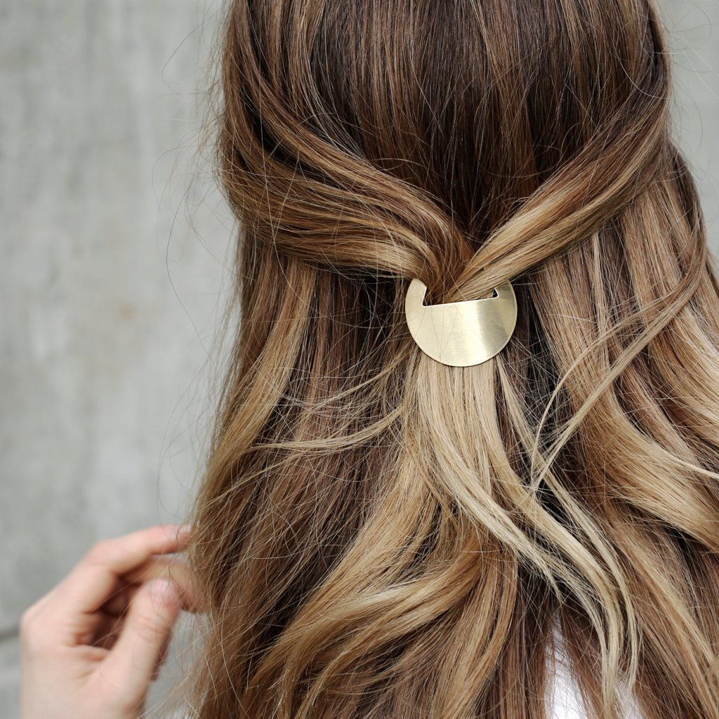 Barrette Hairstyles Adorable Minimal Geometric Hair Clip  Barrette Minimal And Chic Hairstyles