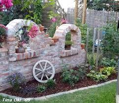 bildergebnis f r ruinenmauer aus alten abbruchziegeln blumentopf pinterest alter wagenrad. Black Bedroom Furniture Sets. Home Design Ideas