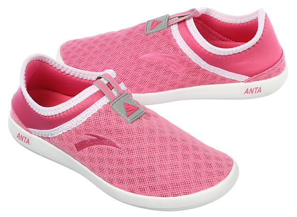 lightweight exercise shoes