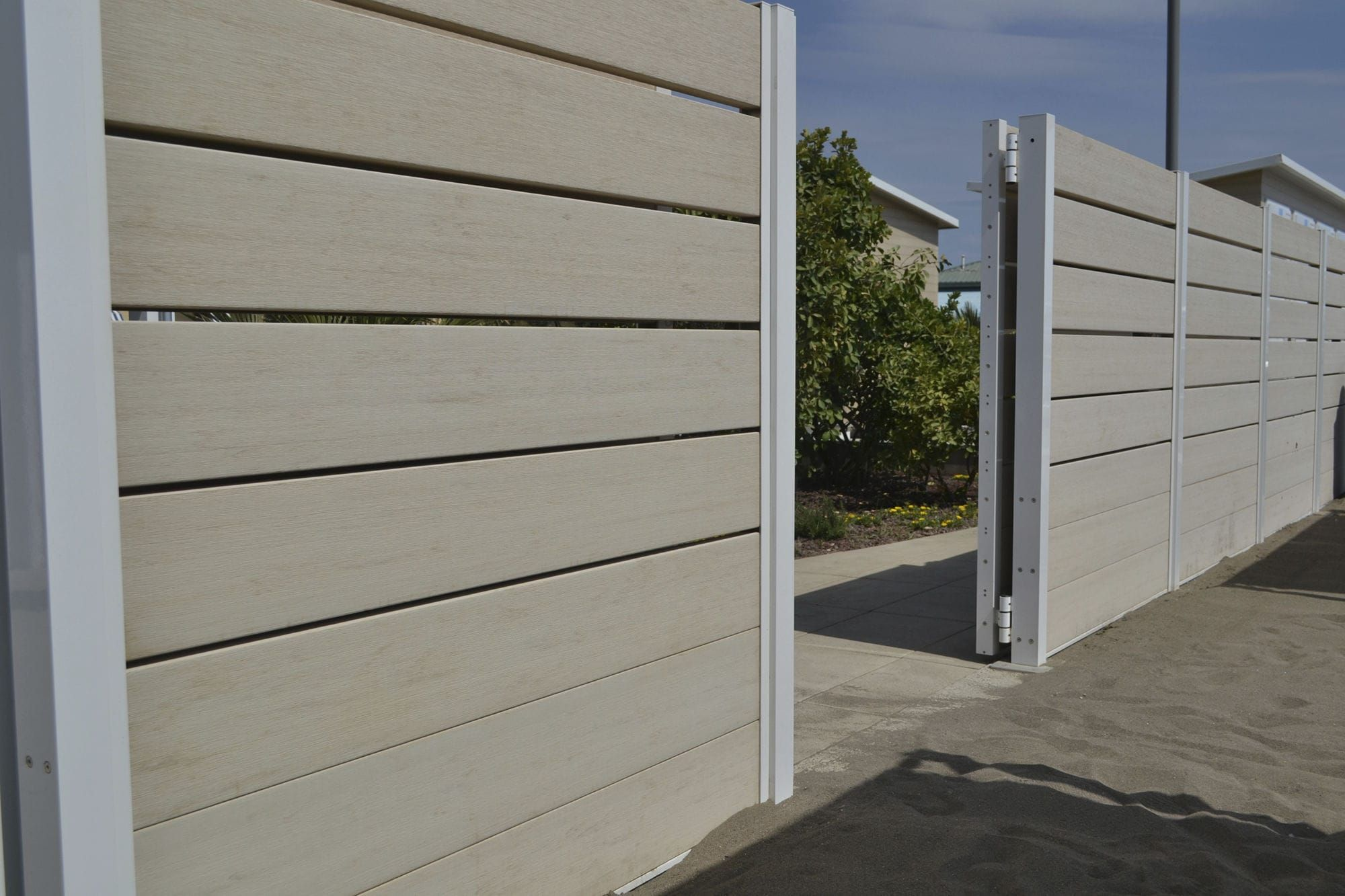 wood composite fence spainwood cladding exterior for farm fence buildings