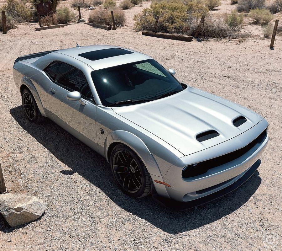 2019 Dodge Challenger SRT Hellcat Pictures