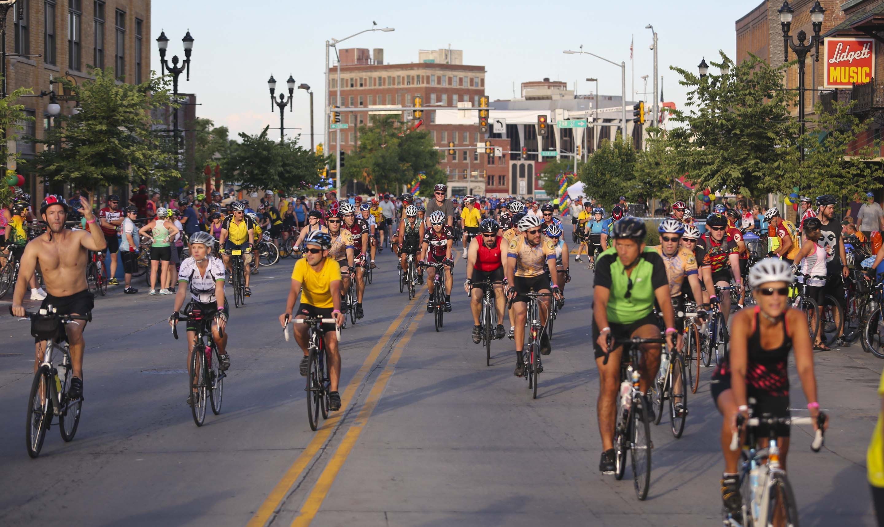 Ragbrai 2013 Des Moines Loved Riding Through Downtown And The