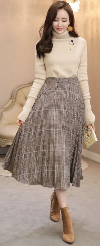 Check Print Long Pleated Skirt