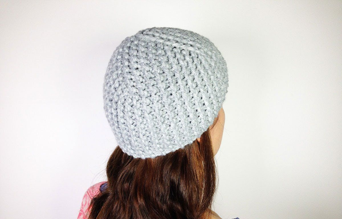 Loom knit cloche hat tutorial video. I\'m going to try knitting this ...