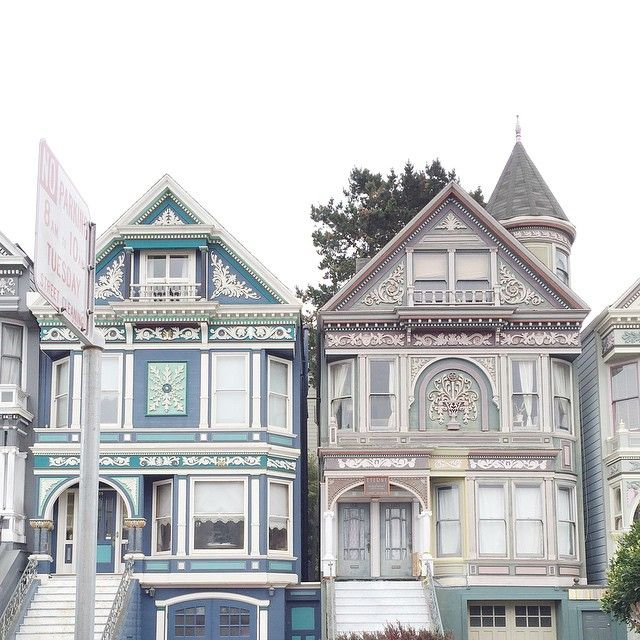 Back in San Francisco. My second home. #SanFrancisco##travel#oldhouselove#pastel#crewlife
