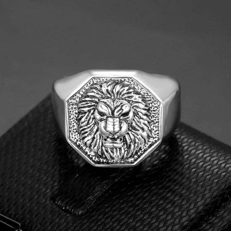 HEXAGON LION HEAD SIGNET RING