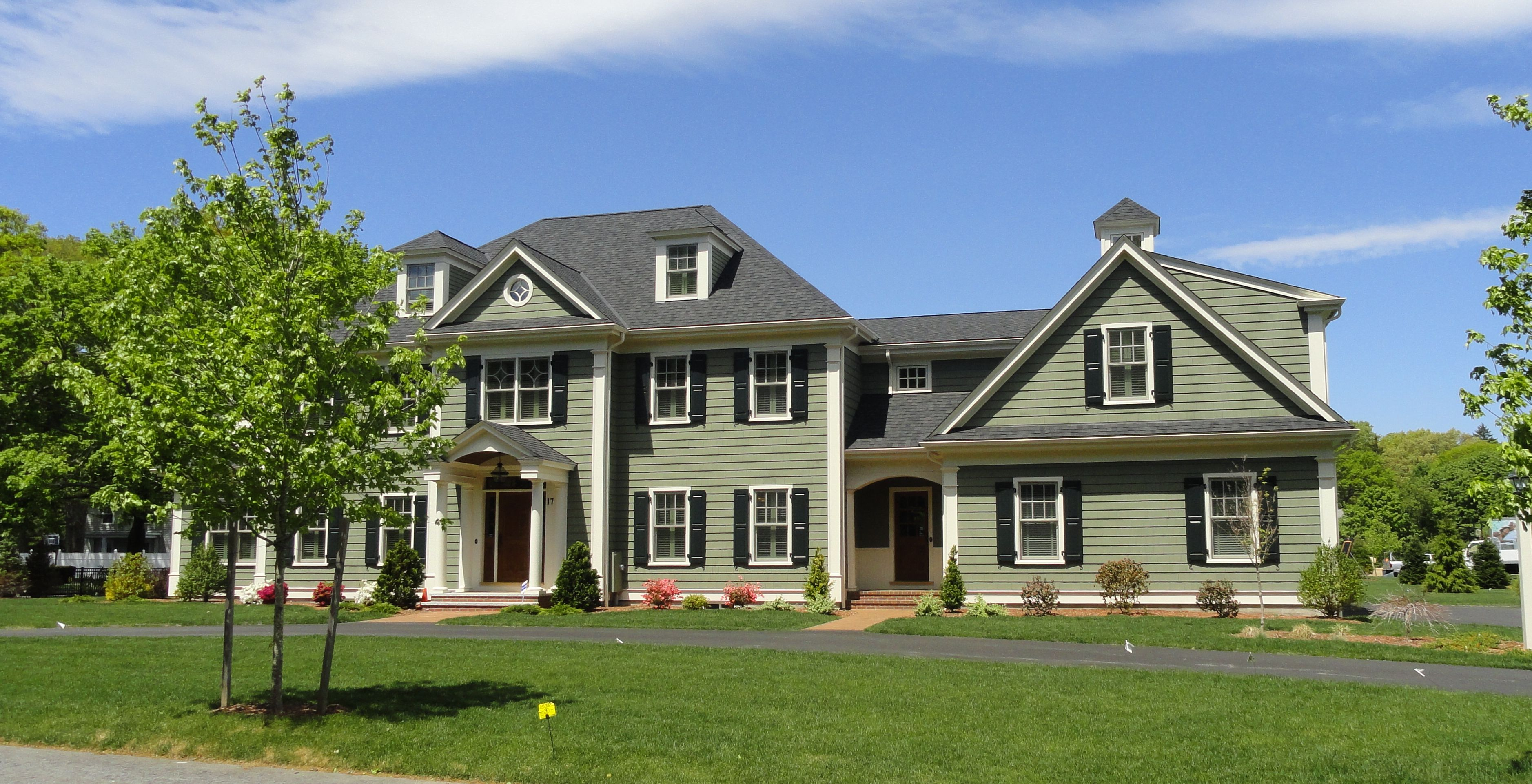 Residence colonial traditional american home design triple story house garden home project balcony cool garden homes project development from new jersey