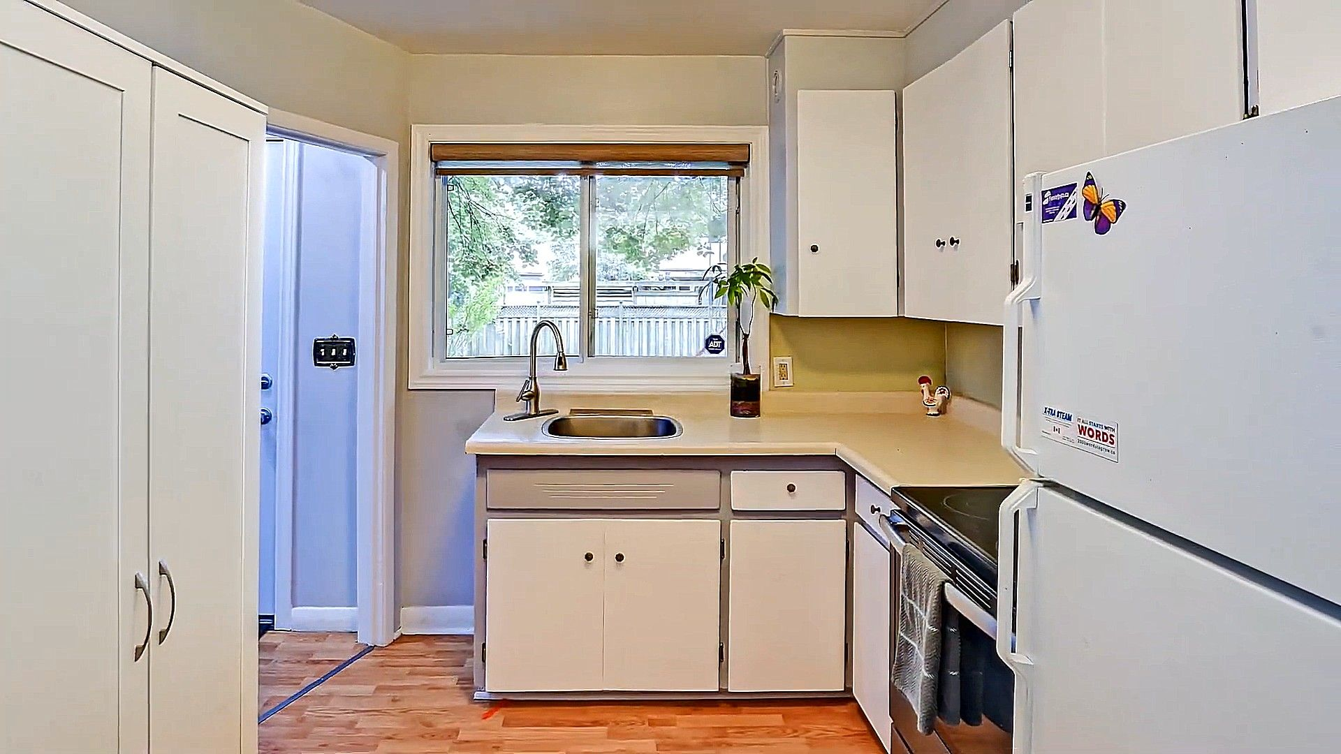 Small Kitchen With Polymer Cabinets Ideas