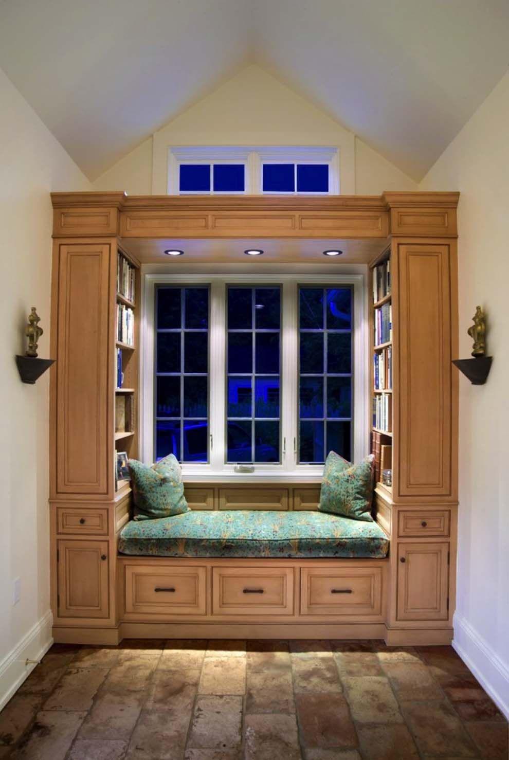 Window Seat Library: 36 Fabulous Home Libraries Showcasing Window Seats
