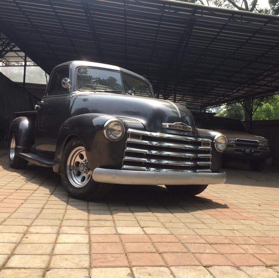 Dijual Truk Klasik Amerika Chevy Pickup Hardtop 3100 Bandung