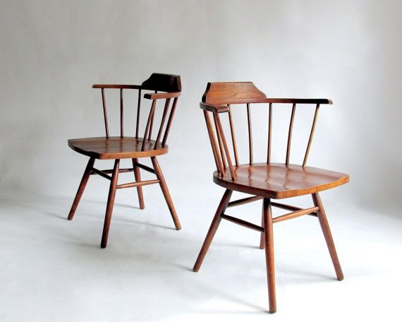 Pair Of Mid Century Windsor Chairs In The Style George Nakashima Paul Mccobb