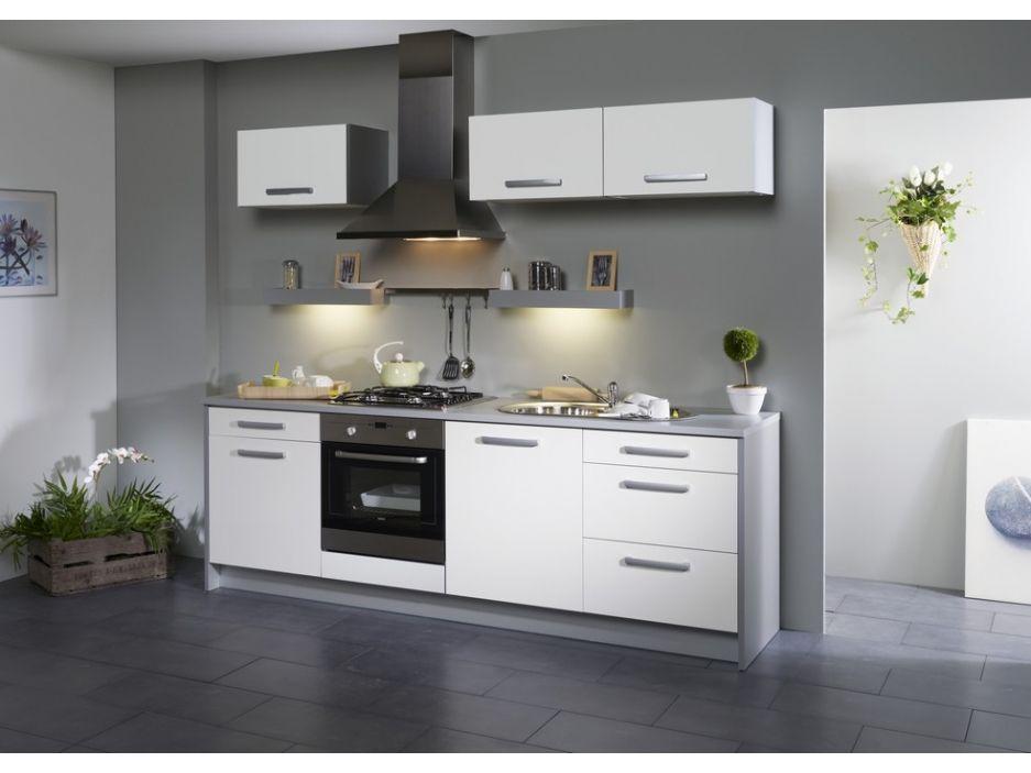 acheter une cuisine pas cher excellent acheter cuisine avec ilot central for acheter cuisine. Black Bedroom Furniture Sets. Home Design Ideas