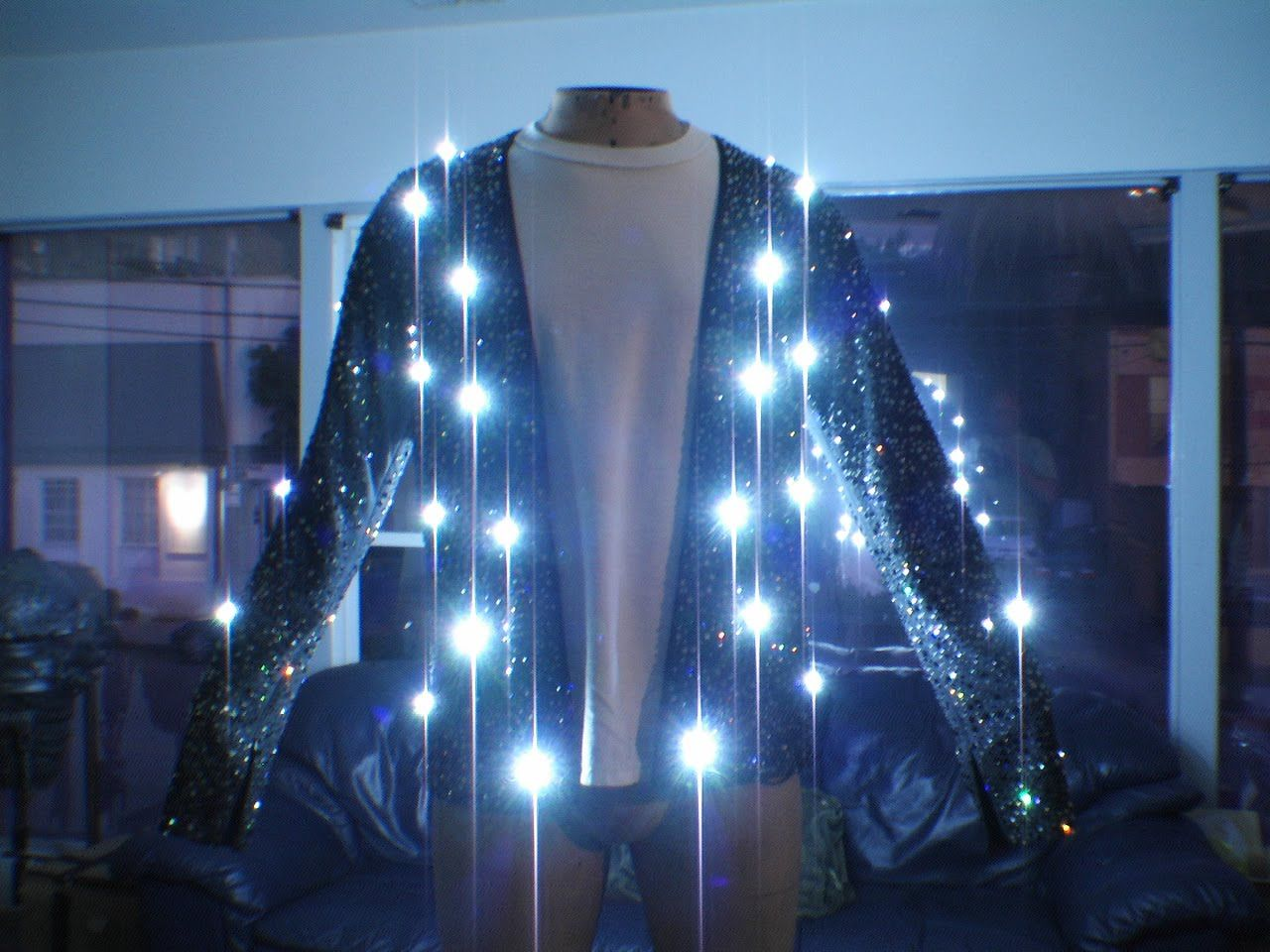 Michael S Light Up Cardigan For Billie Jean Complete With Light Up Pants I Would Give Anything To Have Seen Him Moonwalk Led Jacket Moonwalk Michael Jackson [ 960 x 1280 Pixel ]