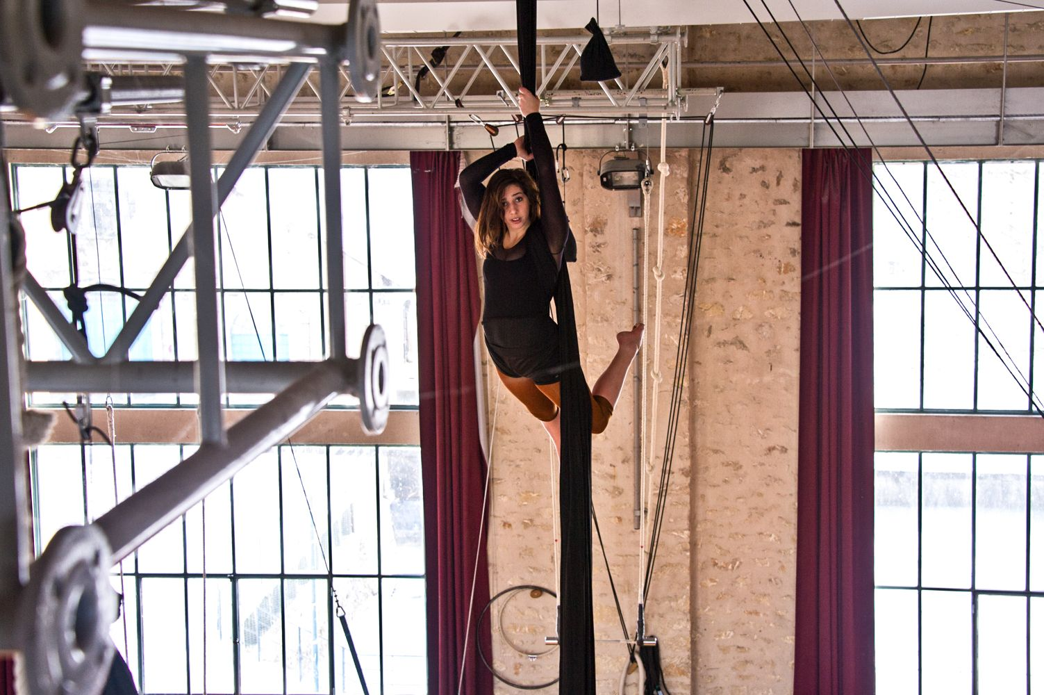 Online Expo – Circus School of Chatêllerault | Graziela Gilioli