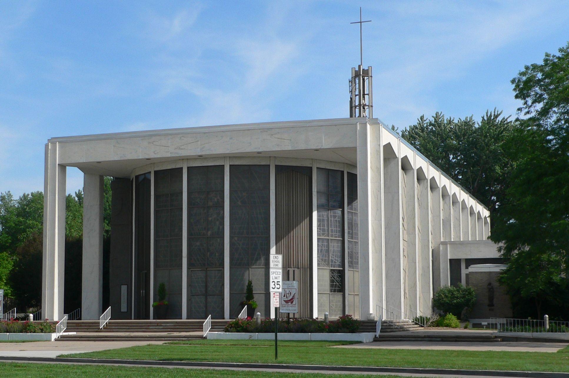 Nebraska Risen Christ Catholic Cathedral in Lincoln, NE