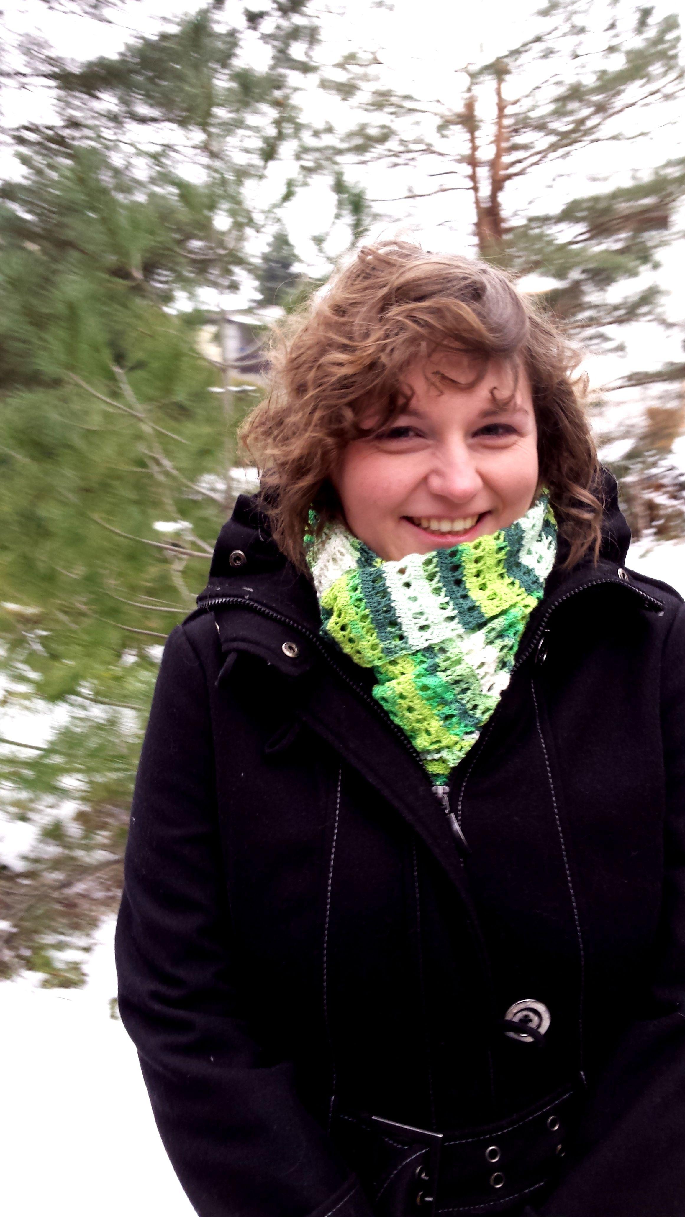 Szydełkowy szal/ Crochet Shawl (pattern from: http://www.redheart ...