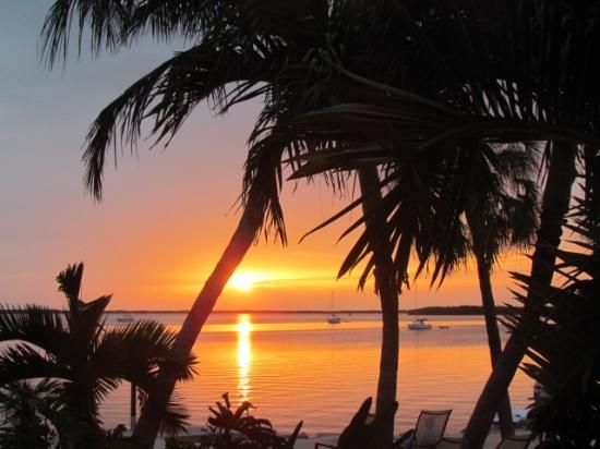 Sunset at Hampton Inn Key largo (Key Largo, Florida)