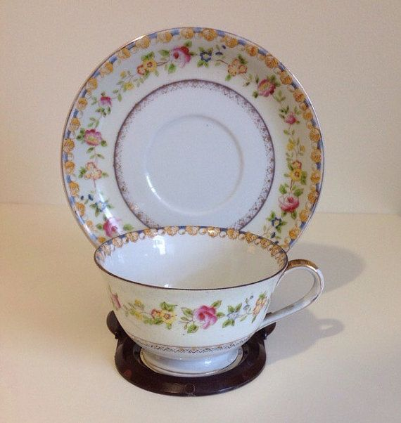 Check out this item in my Etsy shop https://www.etsy.com/listing/235621834/vintage-floral-tea-cup-saucer