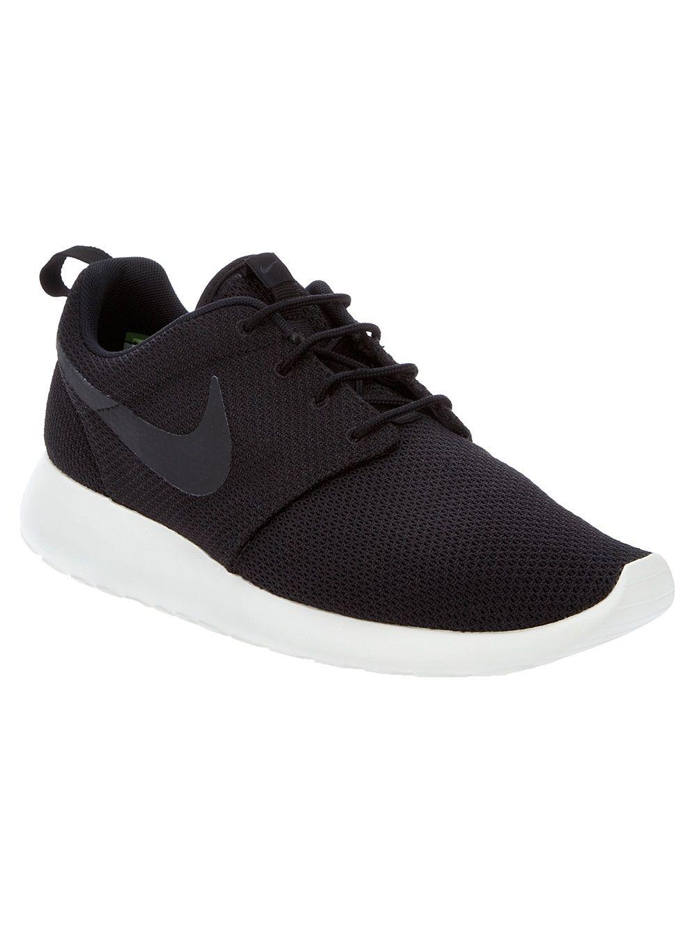 c7f22fce873a Nike Roshe Rune