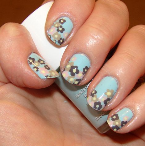 Perfect Spring Nails. Can I please learn how to do this?