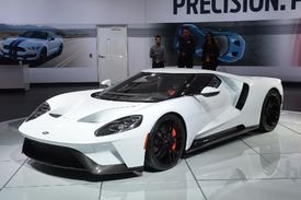 New Ford Gt To Carry 400k Price Tag Ford Gt Car Ford Ford