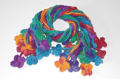 háčkovaný farebný šál